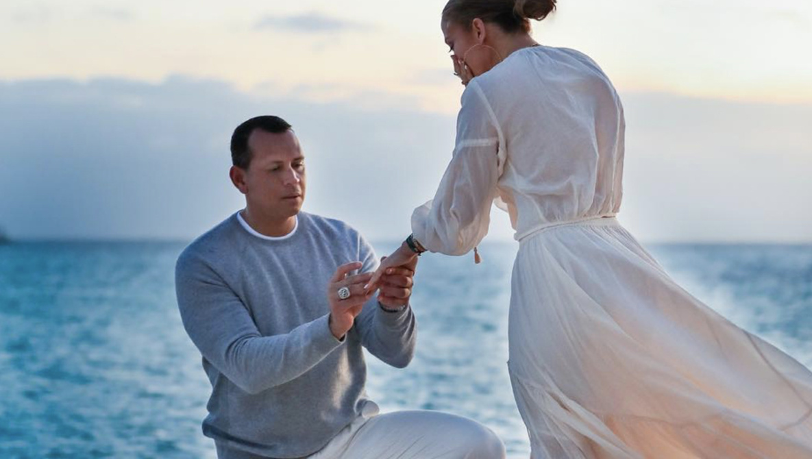 Jennifer Lopez Delays Alex Rodriguez Wedding